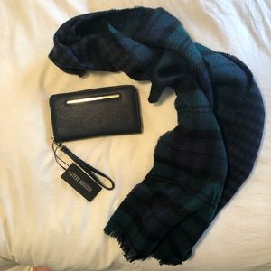 2 for 1!! Steve Madden Navy Blue Wallet with Scarf